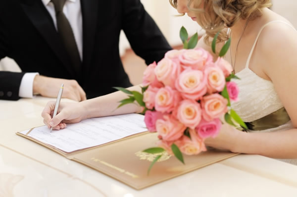 Apostillar y Legalizar Acta de Matrimonio en Venezuela