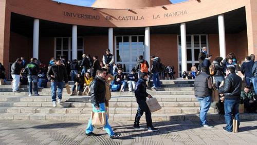 Universidades Publicas en España para Extranjeros Castilla La Mancha