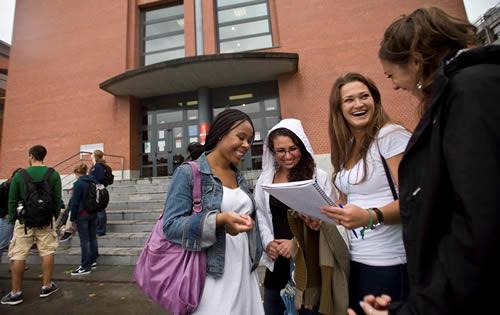 Universidades Públicas en España para Extranjeros Oviedo