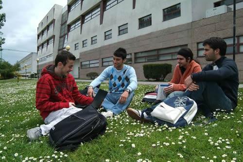 Universidades Públicas en España para Extranjeros Vigo